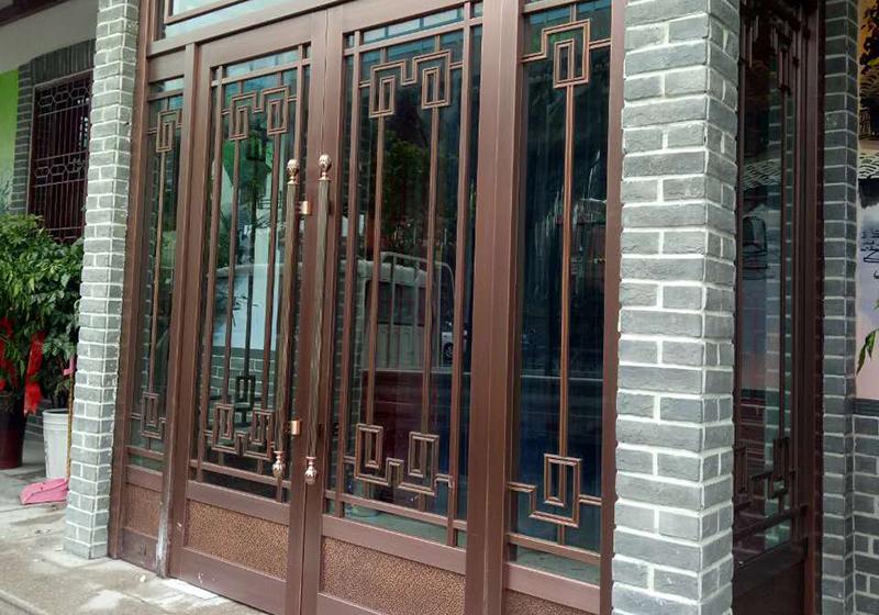 七里山路铜门案例