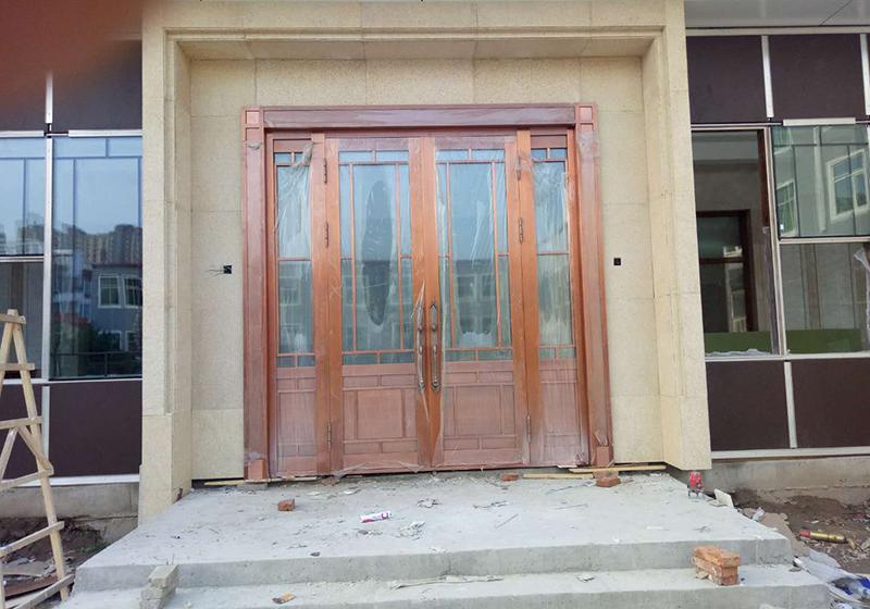 工业北路铜门安装案例